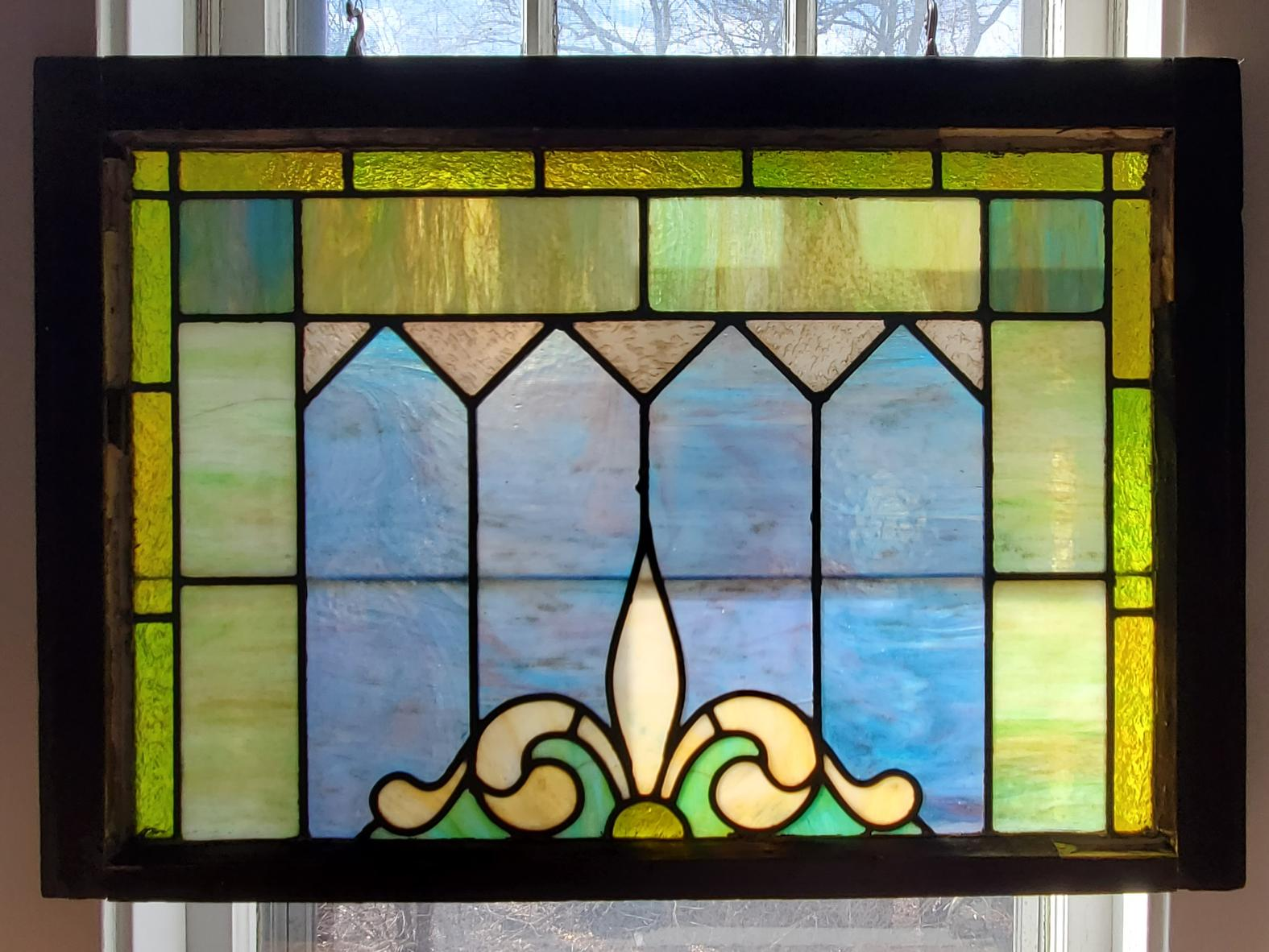 Fleur de lis in Spring Stained Glass Window 007
